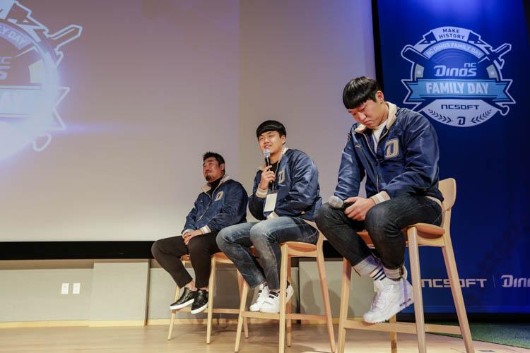 왼쪽부터 이호준 선수 / 장현식 선수 / 구창모 선수